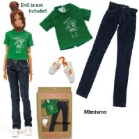 Petworks Momoko Fashion Outfit Box Set - Green Tee , Jeans, Sneaker Shoes 814120